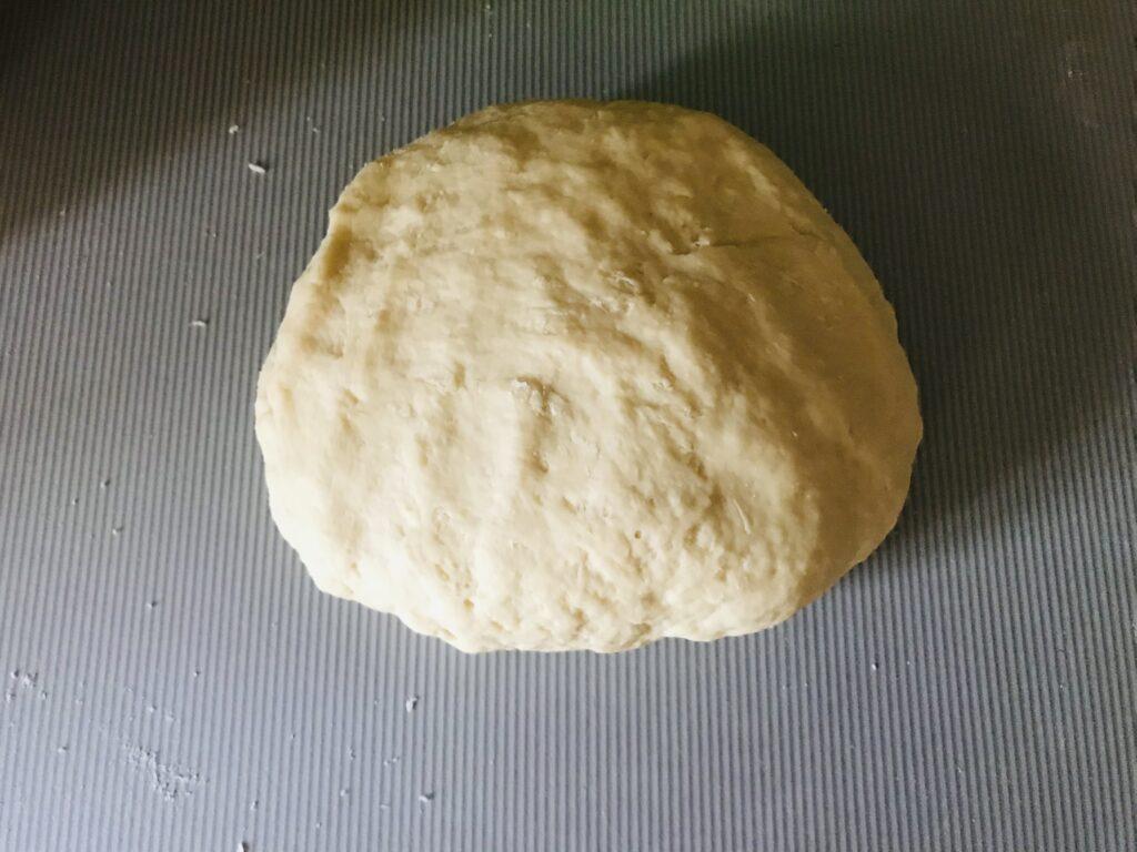Фото рецепта - Дрожжевое тесто на воде для пиццы и пирожков - шаг 6