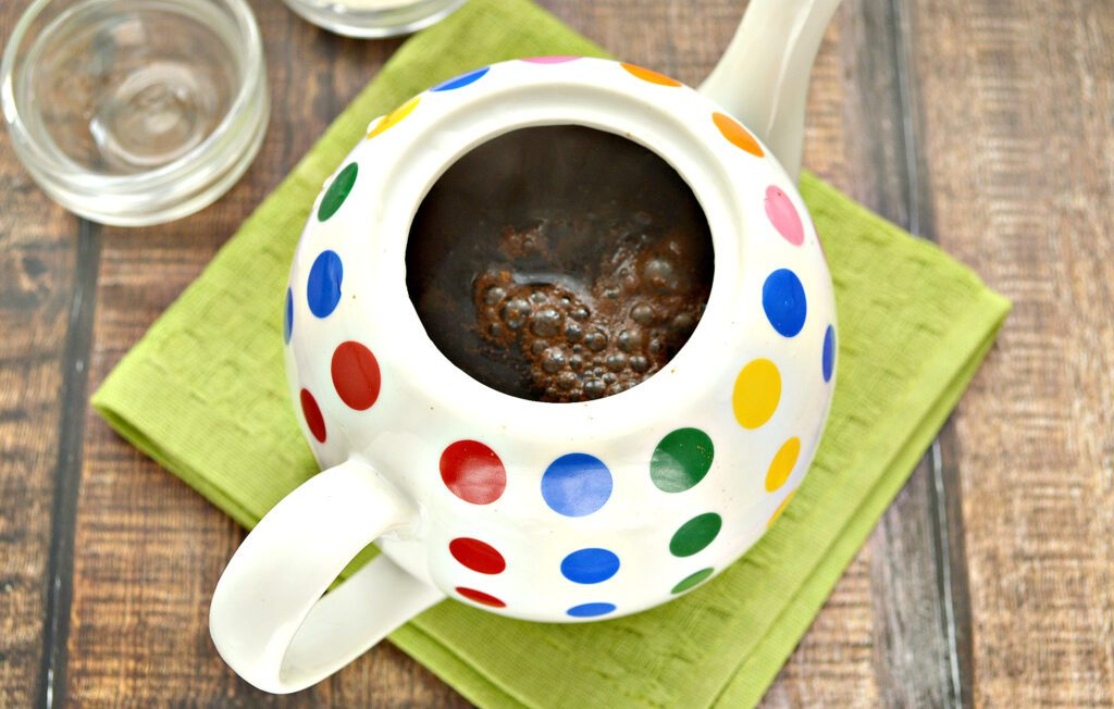 Фото рецепта - Чай с молотой корицей - шаг 4