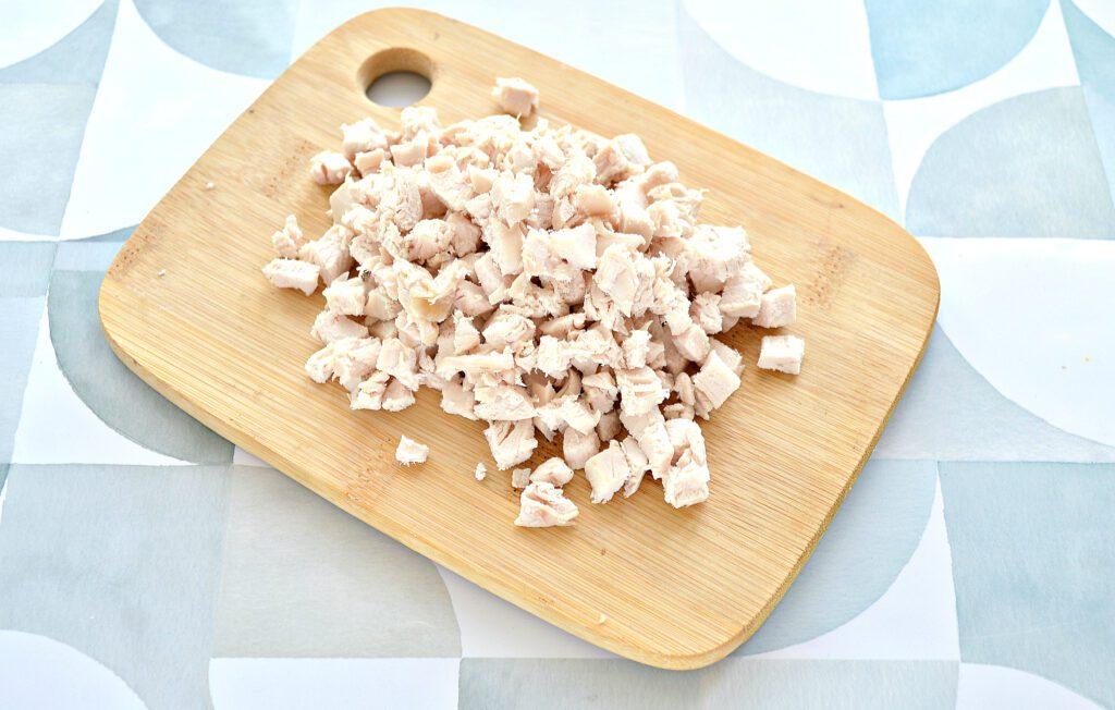 Фото рецепта - Блины, фаршированные курицей, шампиньонами и сыром - шаг 4