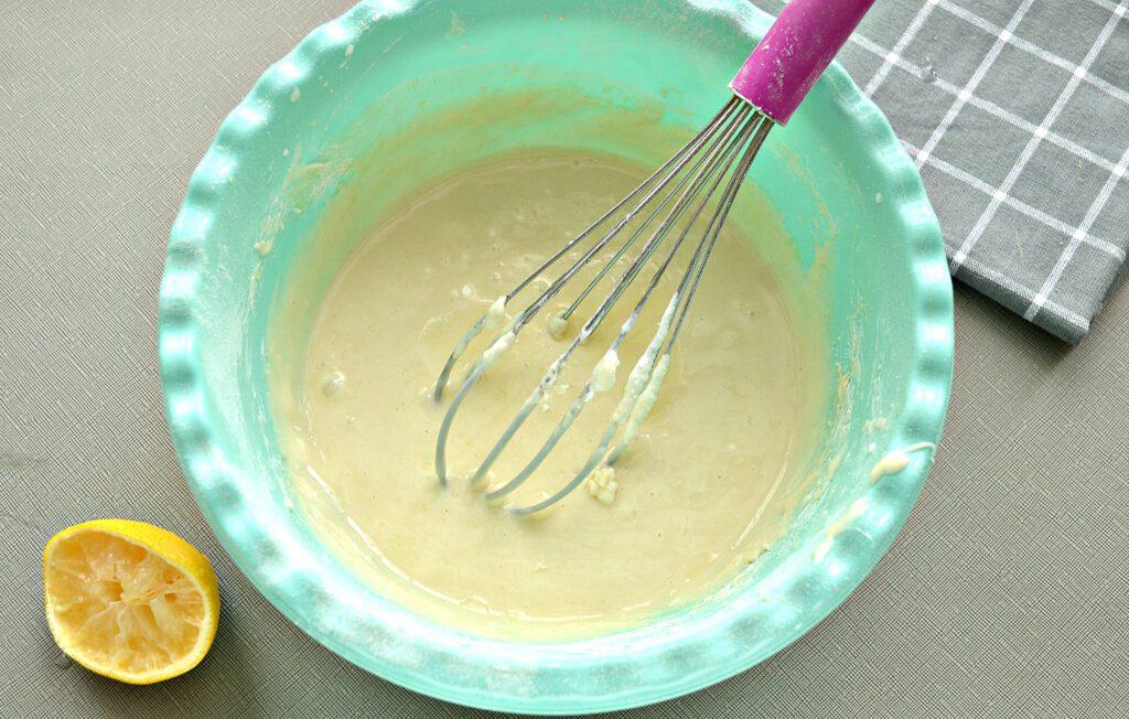 Фото рецепта - Мягкие венские вафли на сметане - шаг 4