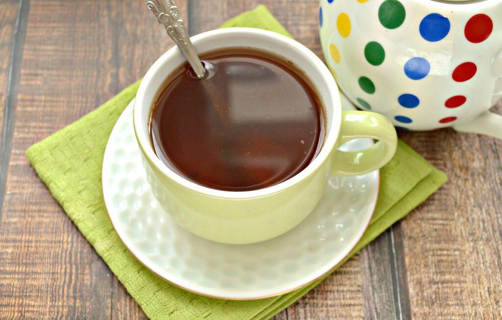 Фото рецепта - Чай с молотой корицей - шаг 5