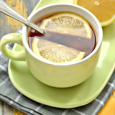 Чай с сушеной мятой и лимоном - рецепт с фото