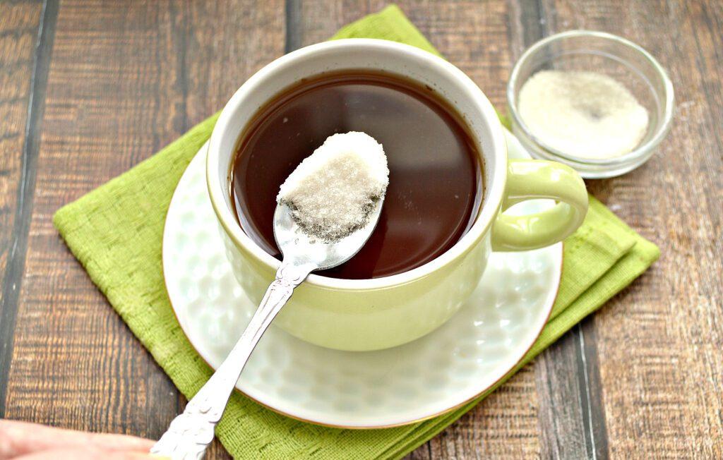 Фото рецепта - Чай с молотой корицей - шаг 6