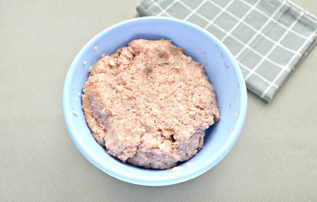 Фото рецепта - Начинка для мантов со свининой и капустой - шаг 6
