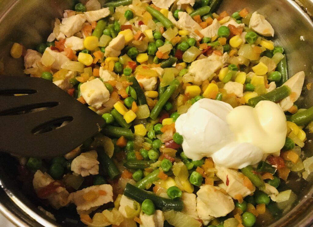 Фото рецепта - Тушеное куриное филе по-мексикански - шаг 5