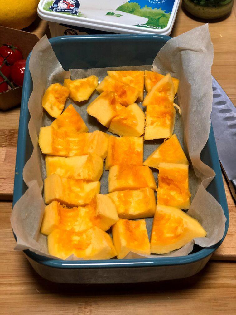 Фото рецепта - Диетический салат с печёной тыквой - шаг 3