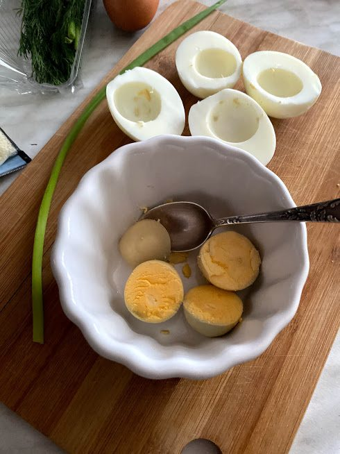Фото рецепта - Фаршированные яйца - шаг 2
