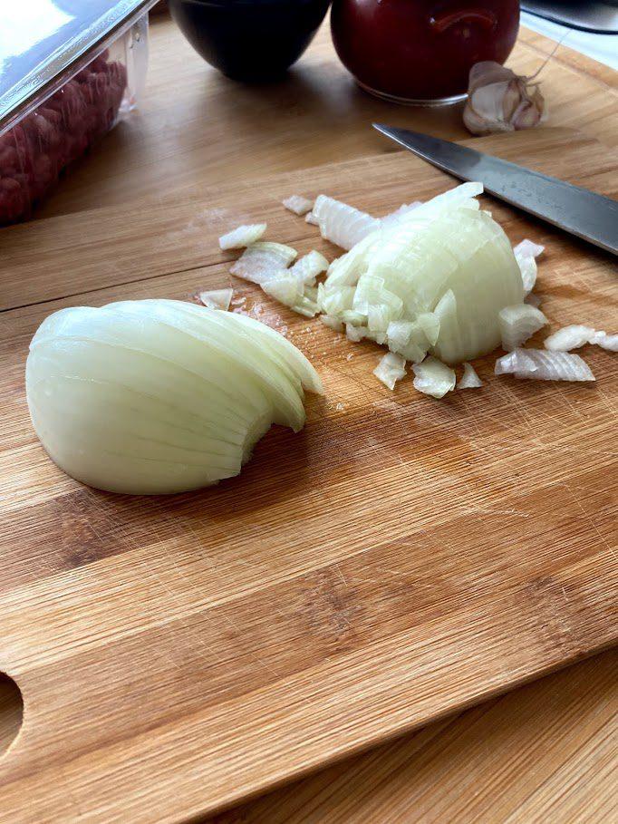 Фото рецепта - Тефтели из говядины в томатном соусе - шаг 3