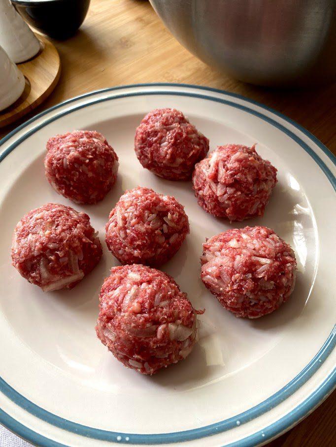 Фото рецепта - Тефтели из говядины в томатном соусе - шаг 9