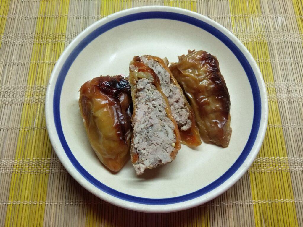 Фото рецепта - Перец, фаршированный индейкой и ячневой крупой - шаг 5