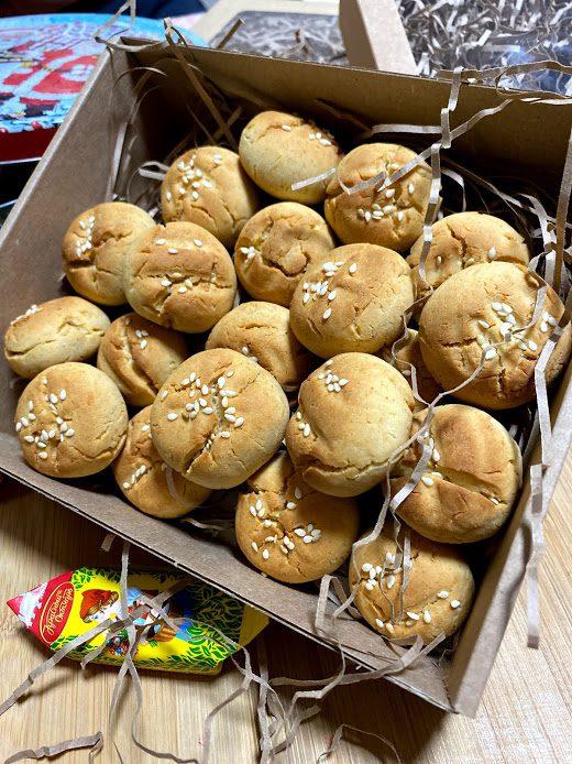 Рисовое печенье с кунжутом