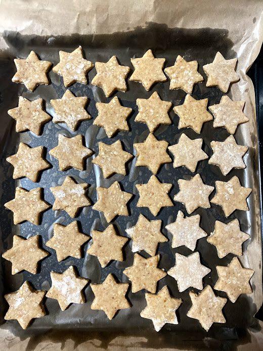 Фото рецепта - Миндальные звезды (печенье) - шаг 13
