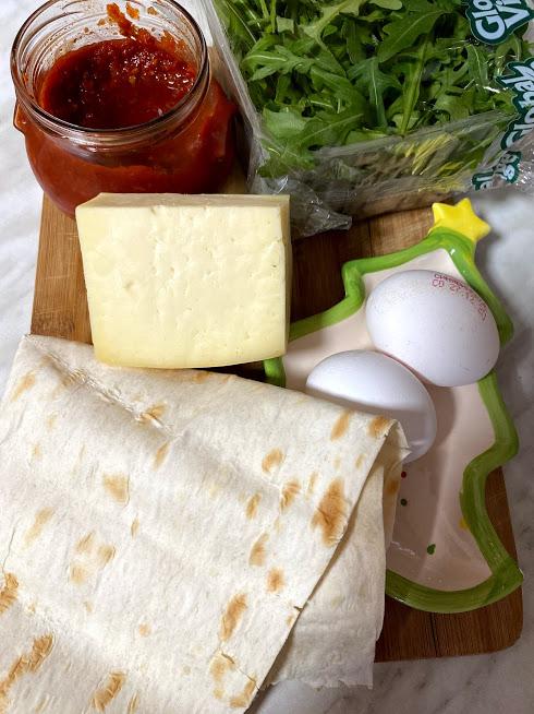 Фото рецепта - Рваный омлет в лаваше - шаг 1