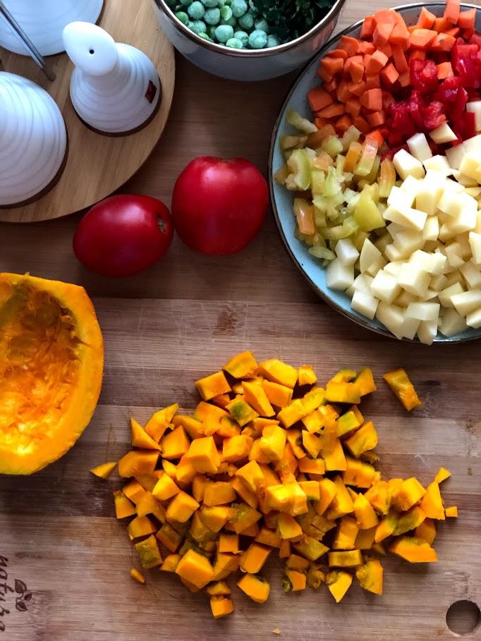 Фото рецепта - Айнтопф с тыквой (овощной суп) - шаг 5