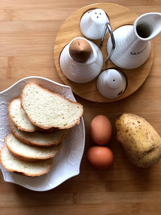 Фото рецепта - Гренки с картофелем - шаг 1