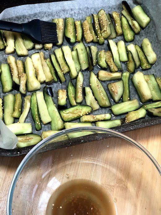 Фото рецепта - Запеченные баклажаны в соевом соусе - шаг 5