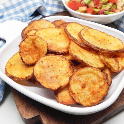 Ломтики картофеля, запеченного в духовке - рецепт с фото