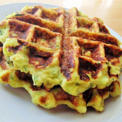 Вафли из цуккини (зеленые вафли) - рецепт с фото