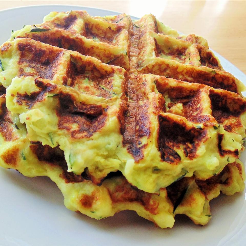 Вафли из цуккини (зеленые вафли)