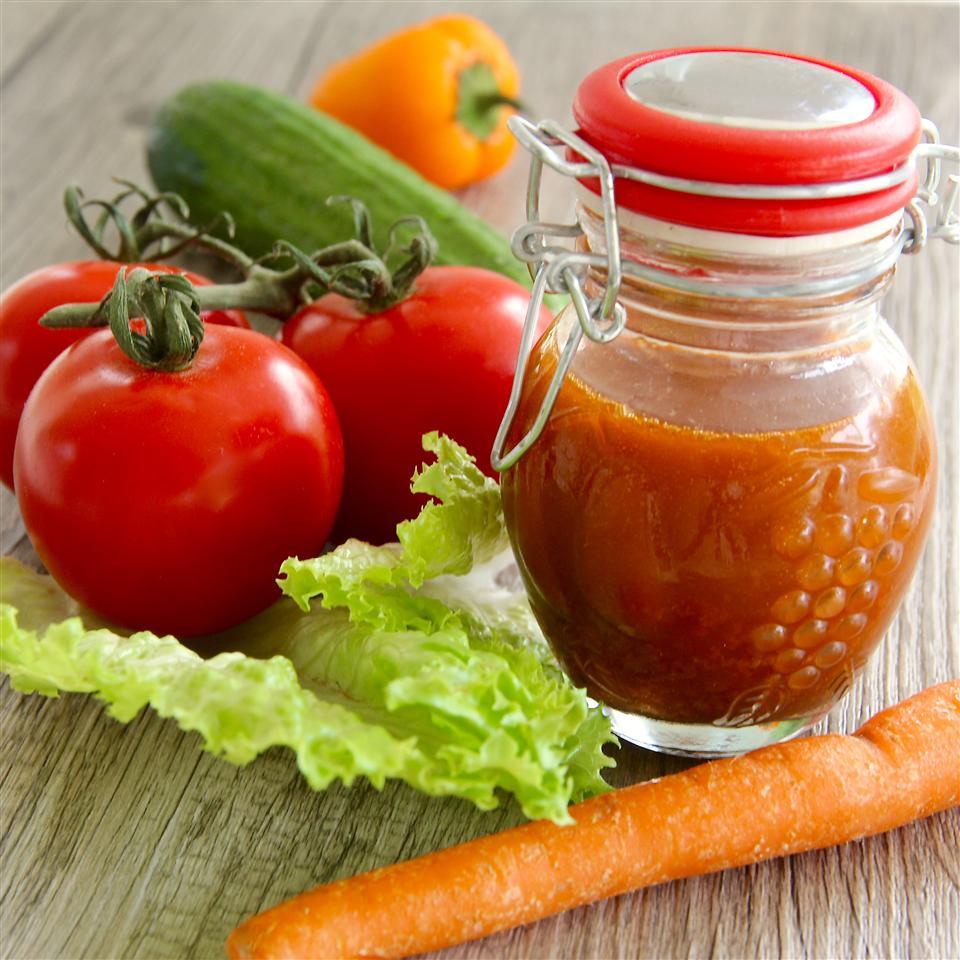 Томатная заправка для овощных салатов
