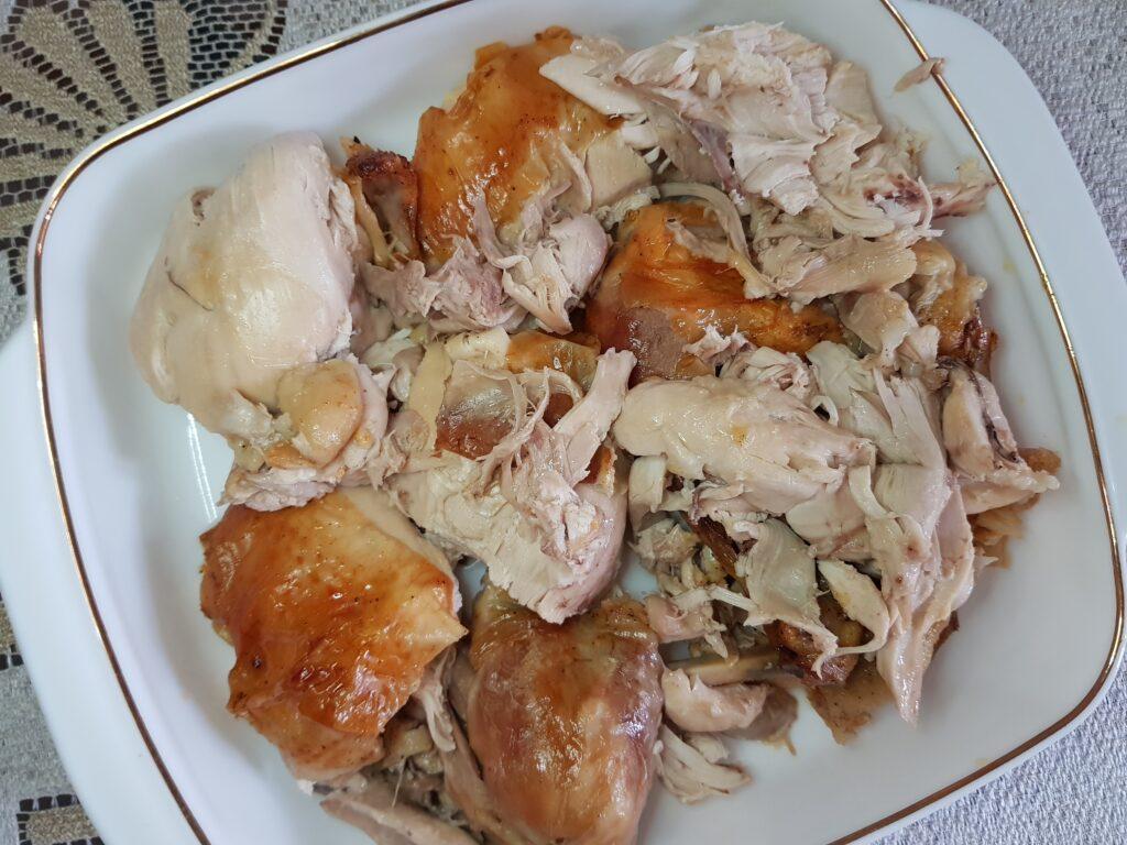 Фото рецепта - Курица (целая), запеченная в духовке - шаг 5