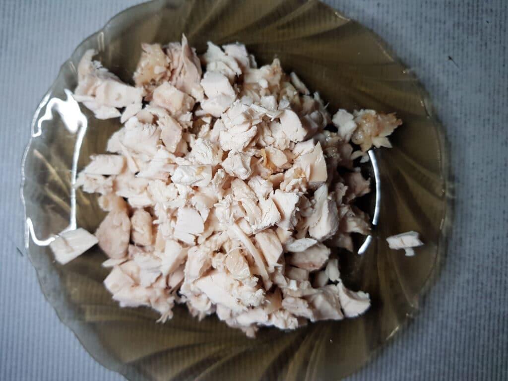 """Фото рецепта - Салат """"Нежность"""" со свежим огурцом и жареными грибами - шаг 3"""