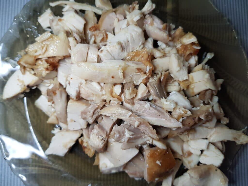 Фото рецепта - Шаурма с куриной грудкой, овощами и сыром - шаг 1