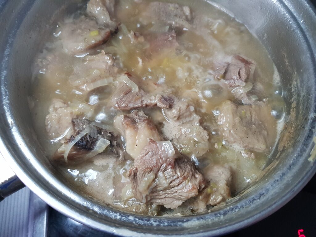 Фото рецепта - Подливка из свинины в собственном соку - шаг 5