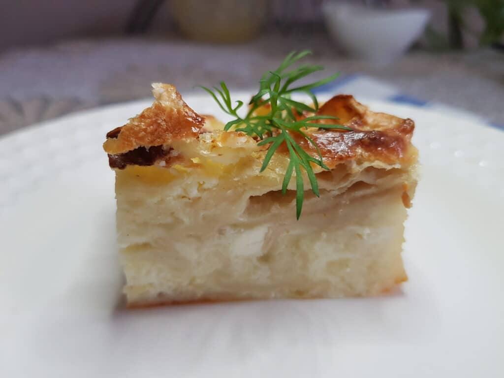 Фото рецепта - Пирог из лаваша с зеленью и сыром - шаг 6
