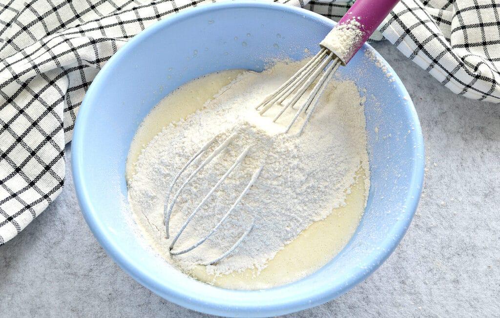Фото рецепта - Блинчики на кислом кефире и кипятке - шаг 3