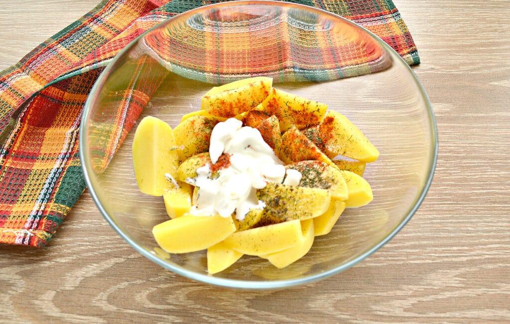 Фото рецепта - Картофель по-селянски со сметаной в мультиварке - шаг 3