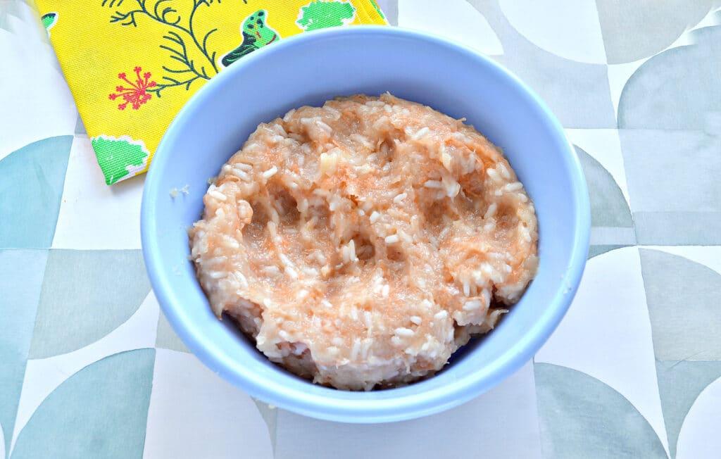 Фото рецепта - Котлеты на пару из курицы с рисом - шаг 4