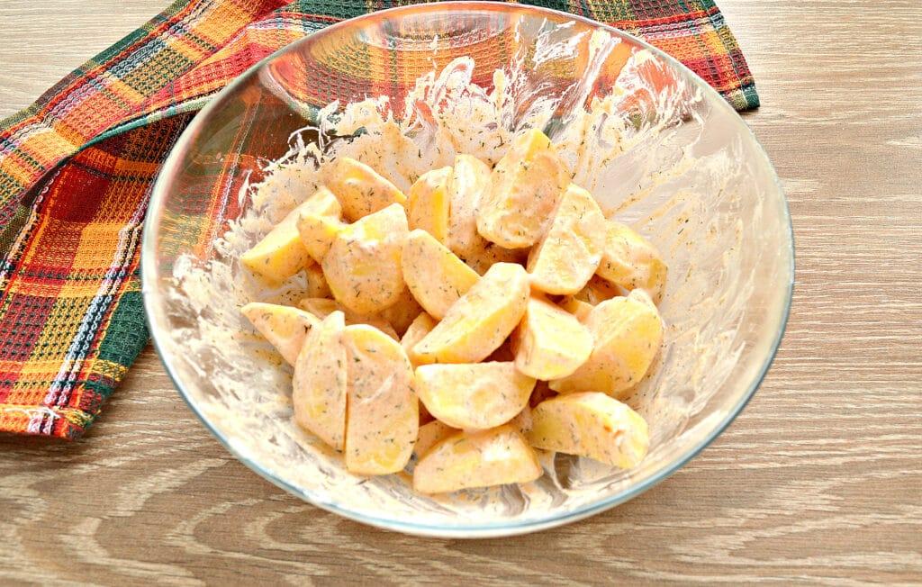 Фото рецепта - Картофель по-селянски со сметаной в мультиварке - шаг 5