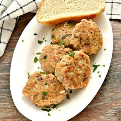Мясные биточки с рисом и грибами - рецепт с фото