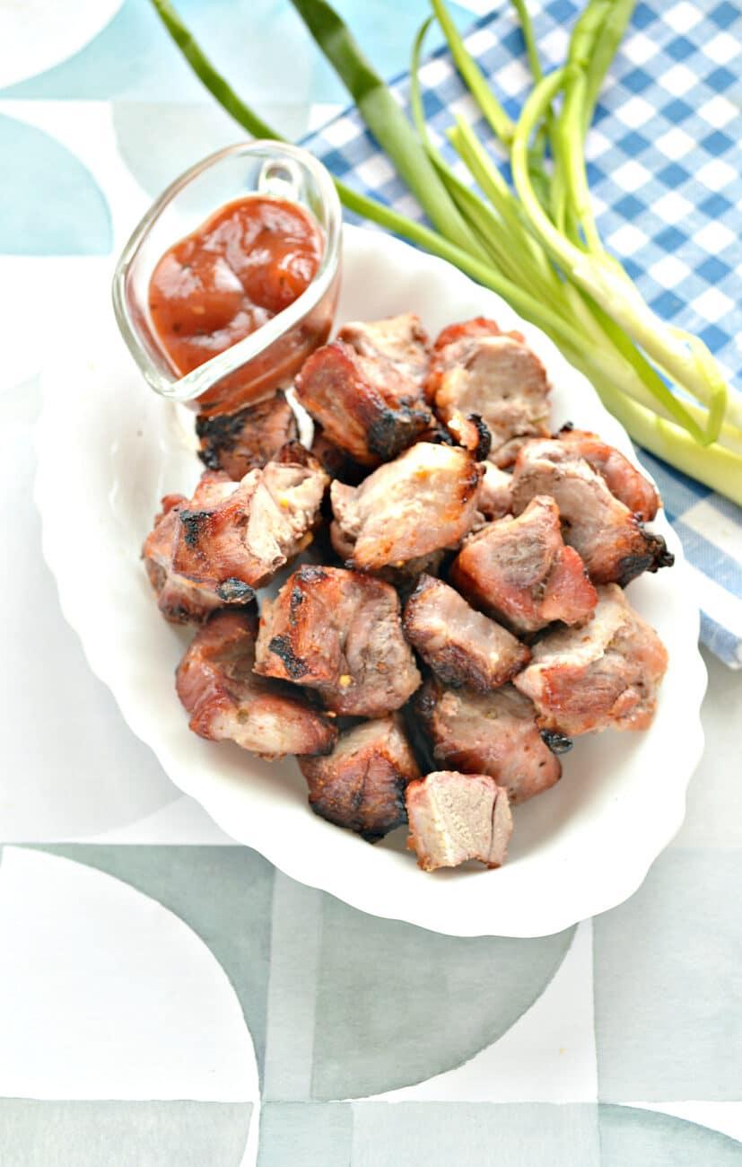Шашлык из свинины в духовке на кефире