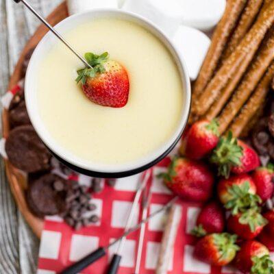 Фондю из белого шоколада - рецепт с фото