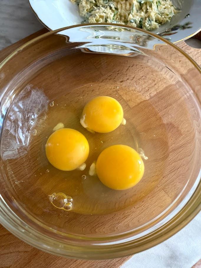 Фото рецепта - Яичный рулет - шаг 7