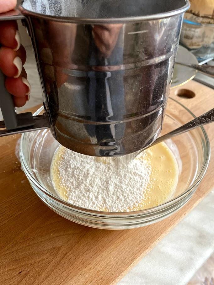 Фото рецепта - Яичный рулет - шаг 9