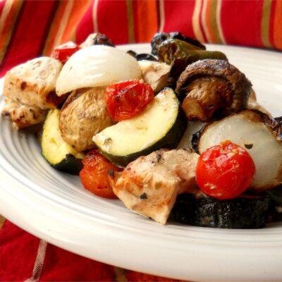 Самый вкусный шашлык из курицы с овощами - рецепт с фото