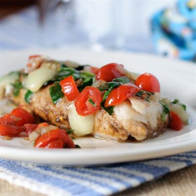 Треска со шпинатом и помидорами (в фольге) - рецепт с фото