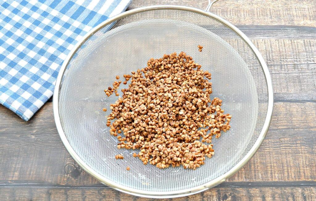 Фото рецепта - Постный гречневый суп - шаг 1