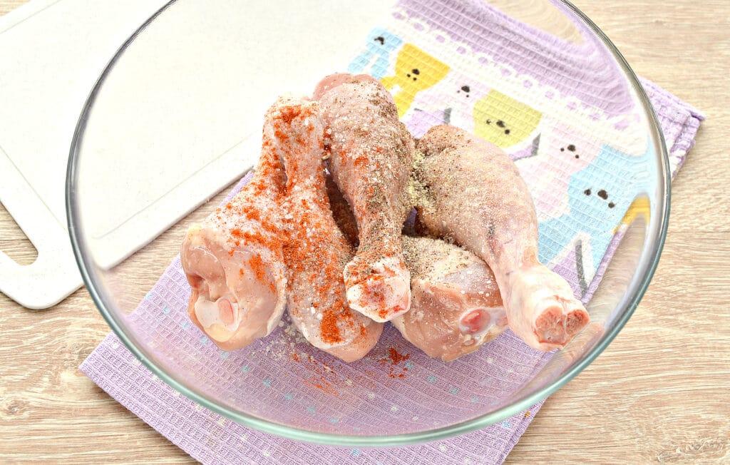 Фото рецепта - Куриные голени с картошкой в мультиварке - шаг 1