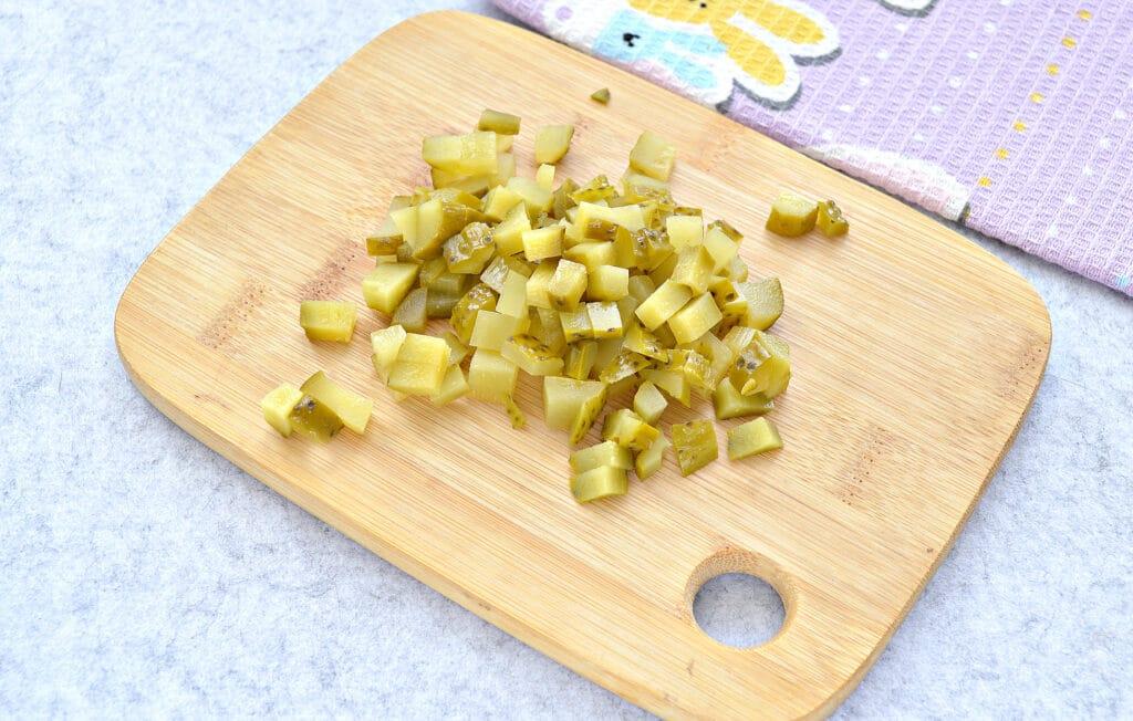 Фото рецепта - Быстрый салат с ветчиной и сыром - шаг 2