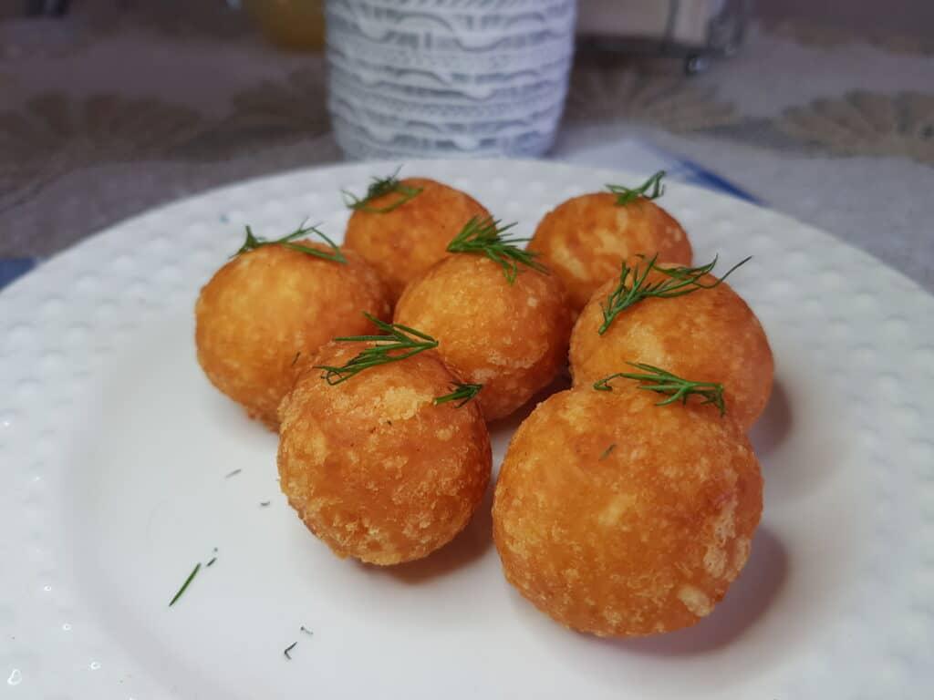 Фото рецепта - Сырные шарики - шаг 7