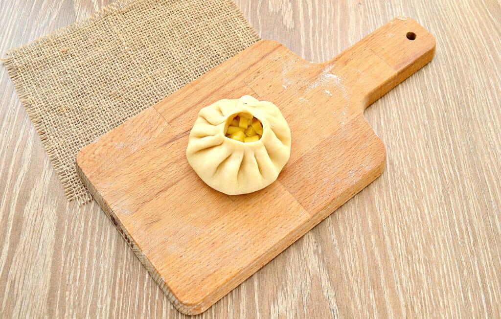 Фото рецепта - Вак-беляши с картошкой - шаг 6