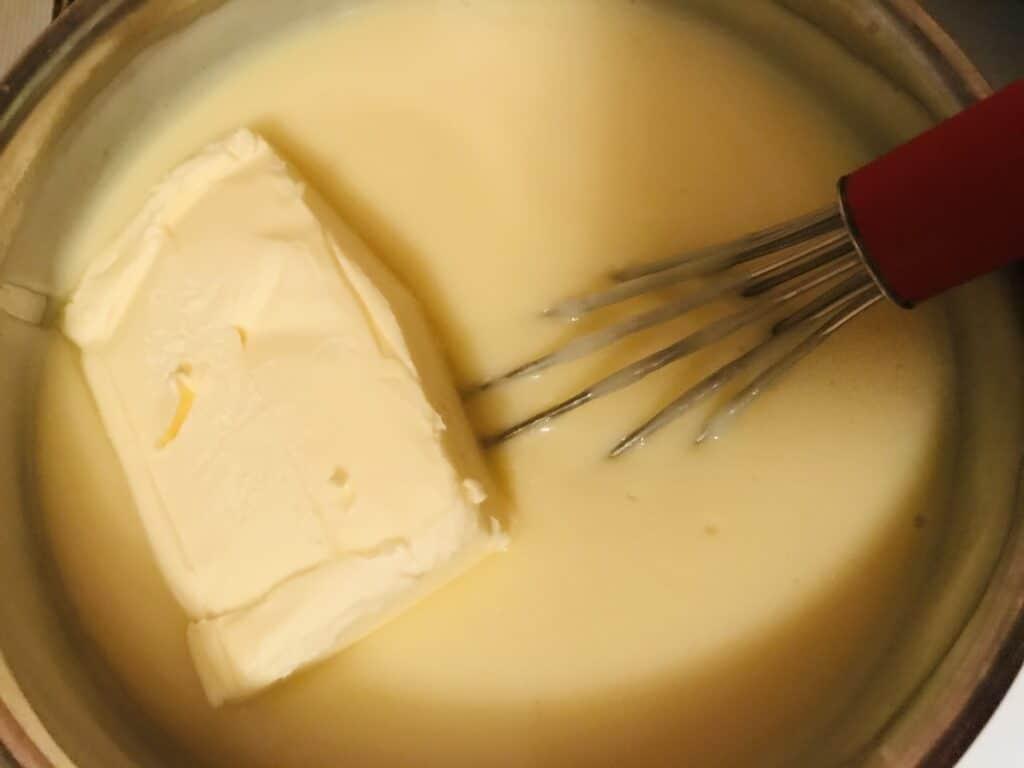 Фото рецепта - Заварной крем на молоке – самый лёгкий рецепт - шаг 5