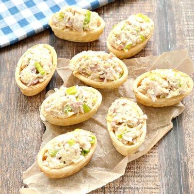 Тарталетки с курицей и сыром - рецепт с фото