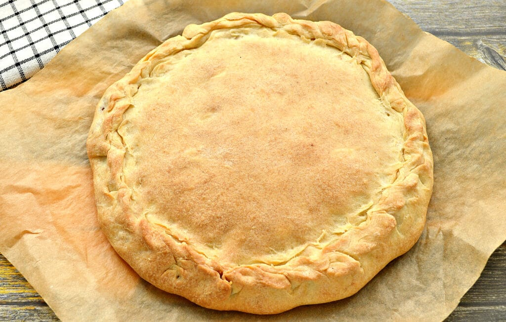 Фото рецепта - Пирог с курицей и капустой - шаг 7