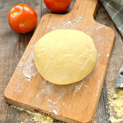 Мягкое тесто для пиццы с кукурузной мукой - рецепт с фото