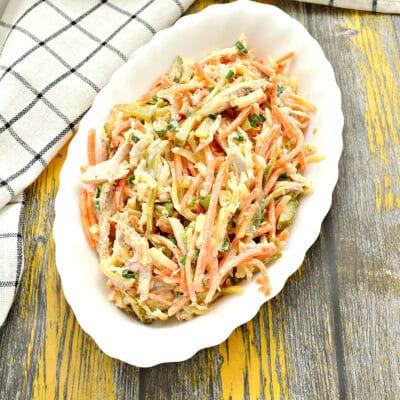Салат с курицей, морковкой по-корейски и огурцом - рецепт с фото